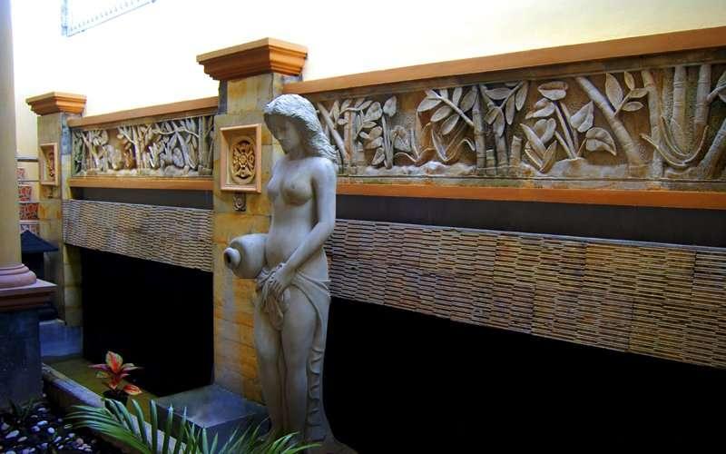 Interior Roemah Canting